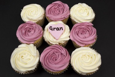 Personalised Rose Design Cupcakes - Box of 9