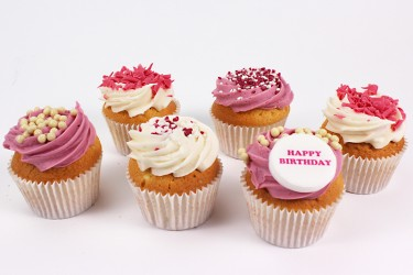 Personalised Strawberry and Cream Sensations - Box of 9