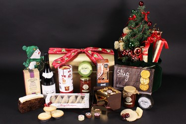 Cupid Christmas Gift Chest