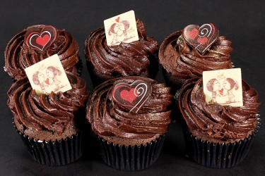 Love You Cupcakes - Chocolate Box of 6